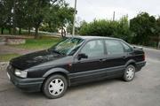 Фольксваген-Пассат 1992 г.в.,  седан GT,  2.0i DOHC 16v,  черный металлик