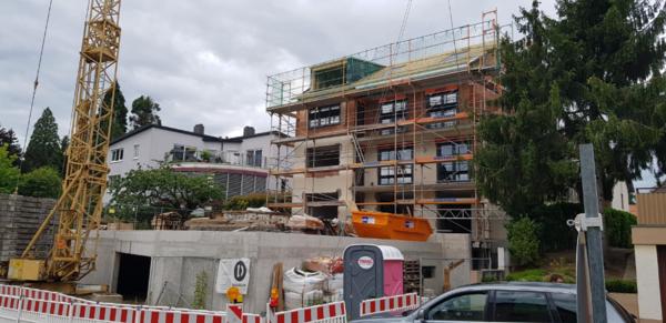 На строительство мини отеля требуется каменщик в город Гданьск 5